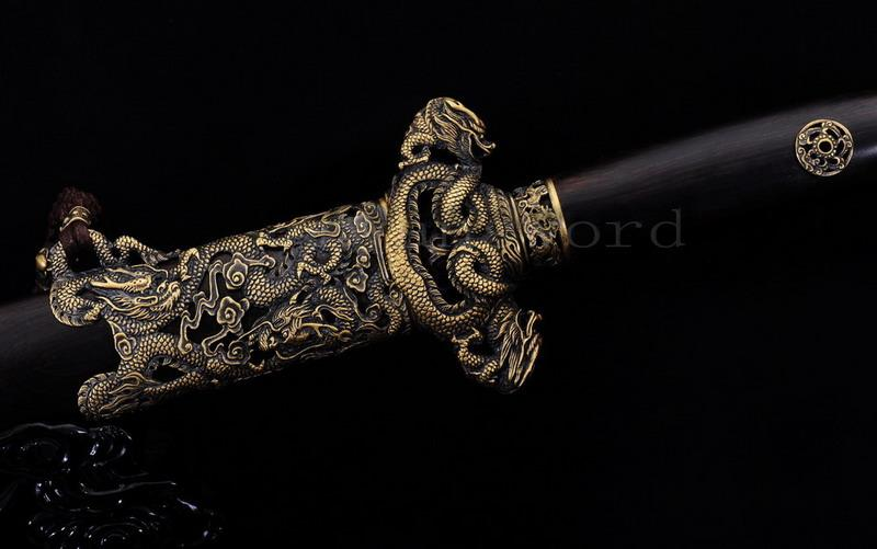 High Quality Handmade Clay Tempered Folded Steel Blade Razor Sharp Chinese Dragon Sword